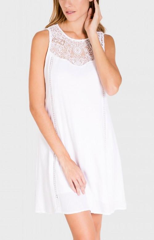 Robe blanche élégante avec détail en dentelle